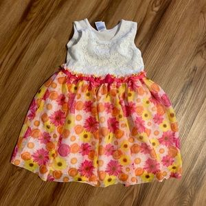 Little girl's pre-loved dressy dress!